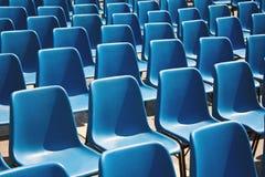 rzędów błękitny siedzenia Zdjęcia Royalty Free