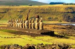 Rząd Moai Zdjęcia Royalty Free