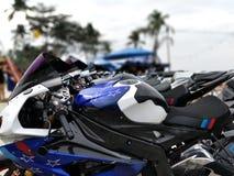 Rząd motocykle przy przedstawieniem Zdjęcia Royalty Free