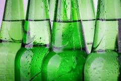 Rząd piwne butelki Obraz Royalty Free