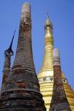 Rzędy stupas Fotografia Stock