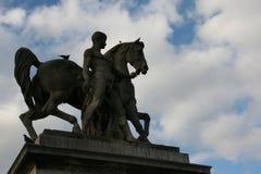 Rzeźba mężczyźni i koń w Paryż fotografia royalty free