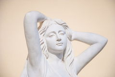 Rzeźba młoda kobieta obraz stock