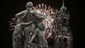 Rzeźba na, katedra lub Święta trójca i wakacyjni fajerwerki - barokowy kościół w Drezdeńskim zbiory
