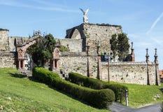 Rzeźba opiekunu anioł z kordzikiem w cmentarzu Comillas zdjęcia royalty free