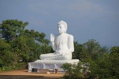 Rzeźba posadzony Buddha w monasterze Sri Lanka fotografia royalty free