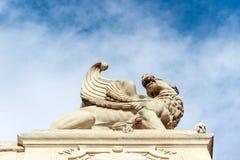 Rzeźba przy longchamp pałac obraz stock