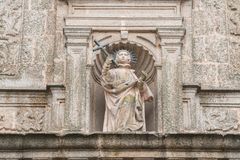 Rzeźba San Francisco Javier w facha kościół ten sam jeden w kwadracie San Jorge w Caceres zdjęcia royalty free