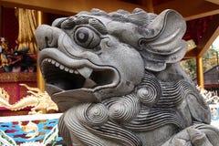 Rzeźbiący kamienni lwy Zdjęcia Royalty Free