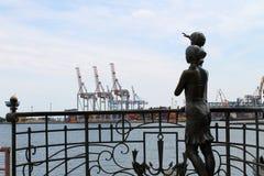 Rzeźbi żeglarza ` s żony w Odessa porcie morskim Zdjęcie Royalty Free
