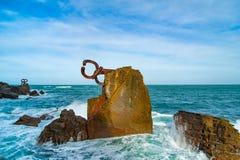 Rzeźbi ` grępla Wiatrowy ` w Donostia Baskijski kraj Hiszpania Obrazy Royalty Free