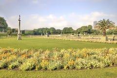 Rzeźby są w parku Luxemburg pałac Obraz Stock