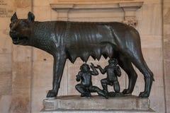 Rzeźba wilk karmi Romulus i Remus, Rzym, Ital Obrazy Royalty Free