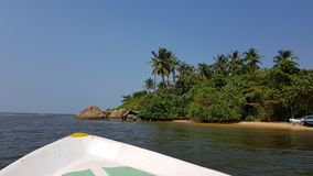Rzecznego flisactwa i oceanu dostęp zdjęcie royalty free