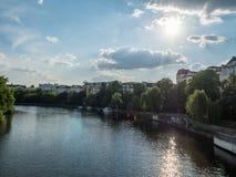 Rzeczny bomblowanie w Berlin Charlottenburg Obrazy Royalty Free