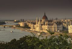Rzeczny Danube i Węgierski parlament od Budy Roszujemy Obraz Royalty Free