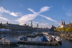 Rzeczny Limmat n Zurich Zdjęcia Royalty Free