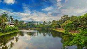 Rzeczny otaczający Angkor Wat Zdjęcie Royalty Free