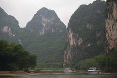 Rzeczny rejs w Yangshuo okręgu administracyjnym, Chiny Zdjęcie Royalty Free