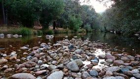 Rzeczny spływanie w parku narodowym Madryt zdjęcia stock