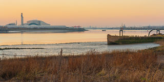 Rzeczny Thames przemysłowy Obraz Royalty Free