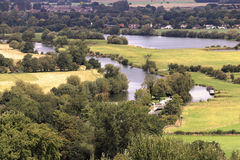 Rzeczny Thames w Wiejskim Oxfordshire Zdjęcie Stock