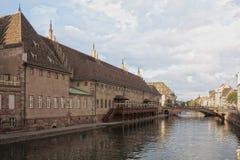 Rzeczny widok Strasburg, Francja Zdjęcie Stock
