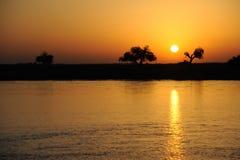 Rzeczny wschód słońca obraz stock