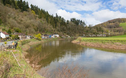 Rzeczny Wye blisko Tintern Wye doliny uk obrazy stock