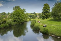 Rzeczny Wye przy Bakewell, Derbyshire, Anglia fotografia royalty free