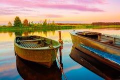 Rzeka i łódź Fotografia Royalty Free
