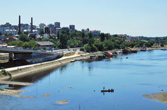 Rzeka i łódź Fotografia Stock