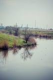 Rzeka i fabryka Obraz Royalty Free