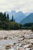 Rzeka i góry, Denny oko, Polska, Zakopane Zdjęcia Royalty Free