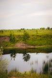 Rzeka i pole Obrazy Stock