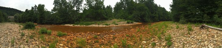 rzeka jest skażona Zdjęcie Stock