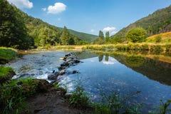 Rzeka krajobraz w lecie Obraz Royalty Free