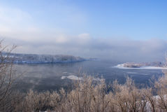 Rzeka krajobraz w zimie Obraz Royalty Free