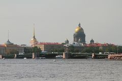 Rzeka, most i miasto, petersburg Rosji st obraz stock