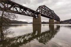 Rzeka Ohio most Weirton, Zachodnia Virginia i Steubenville -, Ohio Zdjęcie Royalty Free