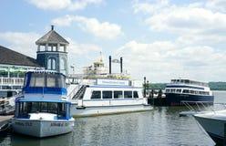 Rzeka pływa statkiem od Aleksandria, Virginia nabrzeże Zdjęcie Royalty Free