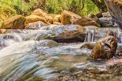 Rzeka przepływ obrazy stock