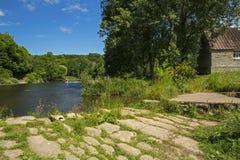 Rzeka Till przy Etal i bród fotografia stock