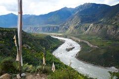 Rzeka w dolinie Zdjęcie Royalty Free
