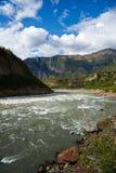 Rzeka w dolinie Fotografia Royalty Free