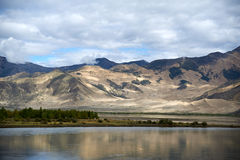 Rzeka w Tibet Obrazy Stock