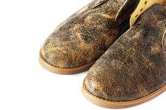 Rzemienni buty na białym tle obrazy stock