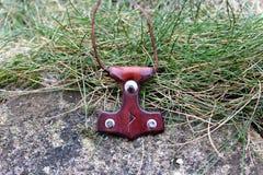 Rzemienny keychain Mjollnir Zdjęcie Royalty Free
