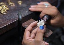 Rzemiosła jewellery robić Korona breloczka froterowanie Obraz Royalty Free