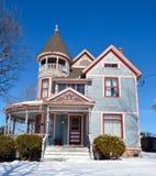 Rzeszoto dom W śniegu Fotografia Royalty Free